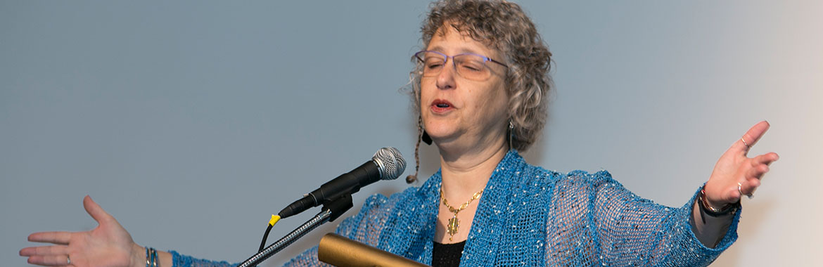 History-making Rabbi Gaylia Rooks to retire in 2018